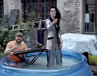 Video: Bundzinieks Andris Buiķis izdod solosinglu