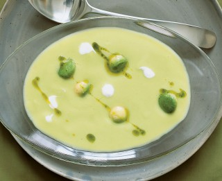 #2 Vasaras zupu karaliene – aukstā zupa. 4 receptes