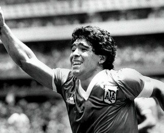 Miris Djego Maradona –  viens no visu laiku slavenākajiem sportistiem pasaulē