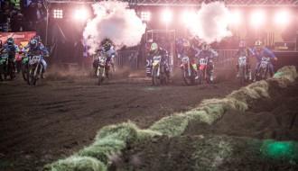 """Foto: """"Arenacross Baltic Cup"""" pjedestālu aizņem latvieši un lietuvieši"""