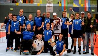 Foto: Latvijas sēdvolejbola izlase Eiropas čempionāta spēlē pieveic Krieviju