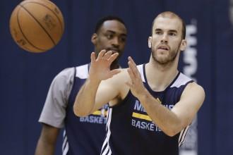 Kacikaris grieķu sastāvā iekļauj divus NBA spēlētājus