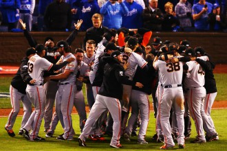 """Sanfrancisko """"Giants"""" triumfē MLB Pasaules sērijā"""