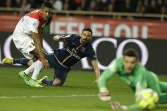 PSG neuzvar Monako un neizmanto kārtējo iespēju kļūt par līderi