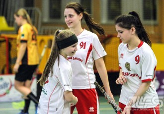Foto: U16 vecuma grupas meiteņu komandas sacenšas Ķekavā