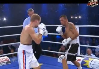 Video: Latvijas bokseris Oļegs Fedotovs piekāpjas olimpietim Stefanam Hārtelam