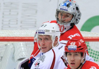 Video: Genoveja un Meijas rezultatīvo saspēli iekļauj KHL nedēļas <i>golos</i>