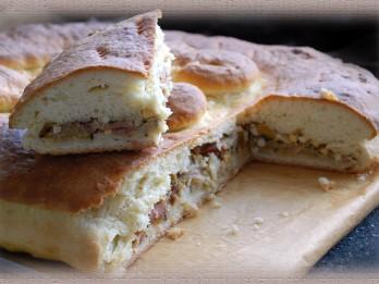 Fotorecepte: Lielais pīrāgs ar maltās gaļas pildījumu soli pa solim