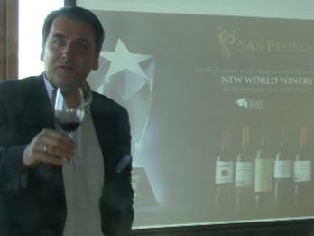 """Video: Svaigums no Čīles. """"San Pedro"""" vīnu degustācija Rīgā"""