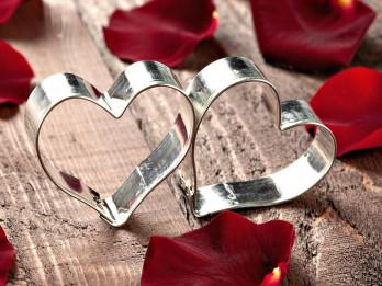 Apsveikuma pantiņi otrai pusītei mīlestības svētkos