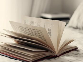 Oktobrī latviešu literāti viesojas festivālos Lielbritānijā