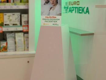 EUROAPTIEKĀS izvietotas Ziedot.lv ziedojumu kastītes  onkoloģisko pacientu atbalstam