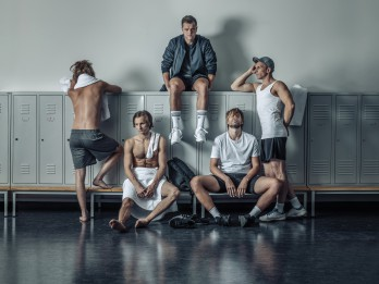 """Režisors Dmitrijs Petrenko Dailes teātrī iestudē izrādi """"Zēni"""""""