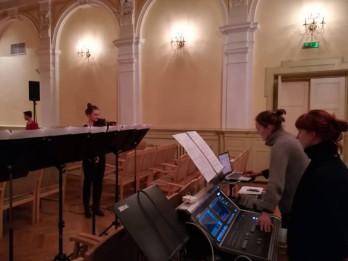 Sākas Ceturtais JVLMA mūsdienu mūzikas festivāls deciBels