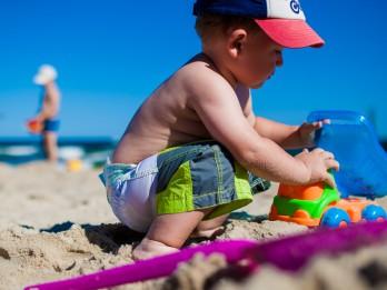 Bērns nedalās ar rotaļlietām – kā rīkoties?