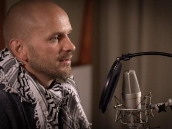 Izcili aktieri Latvijas Radio 2 ēterā izdzīvo savu mīļāko dzeju