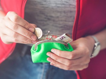 Personīgās finanses: Kas jāmaina, lai izdotos iekrāt vairāk?