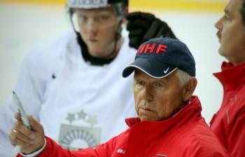 Vienīgajā pārbaudē pretī ar NHL spēlētājiem bruņotā Dānijas izlase