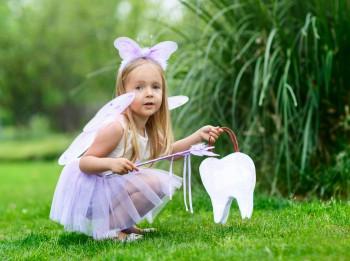 6 mācības par naudu, ko Tavs bērns var iemācīties no zobu fejas