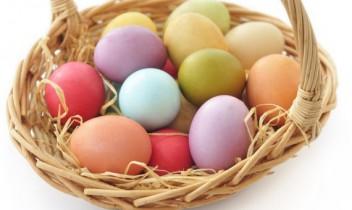 Kā nokrāsot Lieldienu olas 14 dažādās krāsās ar dabīgiem līdzekļiem. Vecmāmiņu padomi