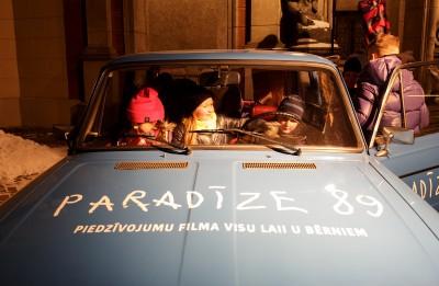 """Nosvinēta filmas """"Paradīze '89"""" pirmizrāde"""