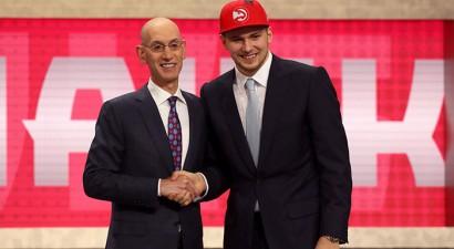 """NBA drafts: Kurucu izvēlas """"Nets"""", Dončičs maiņas darījumā nonāk Dalasā"""