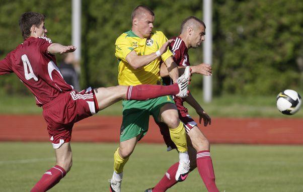 Latvija notur neizšķirtu pret lietuviešiem