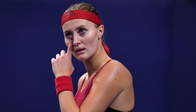 14 zaudējumi pēc kārtas: Mladenoviča piekāpjas karstumam un ceturtā simta tenisistei