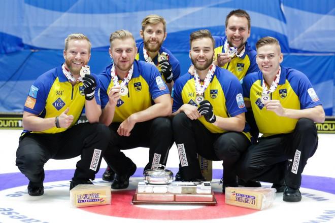 Zviedrijas vīriešu izlase ceturto gadu pēc kārtas triumfē EČ kērlingā