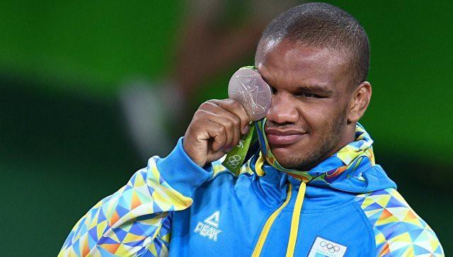Ministrs sūdzas, ka Ukrainas sportisti nepakļaujas aizliegumam startēt Krievijā