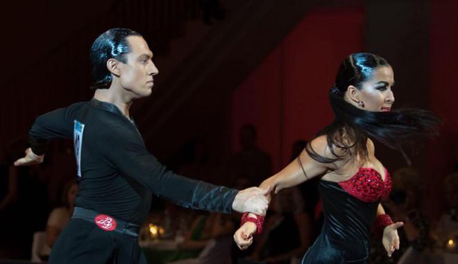 Latvijas sporta deju pārim sudrabs pasaules čempionātā profesionāļu divīzijā
