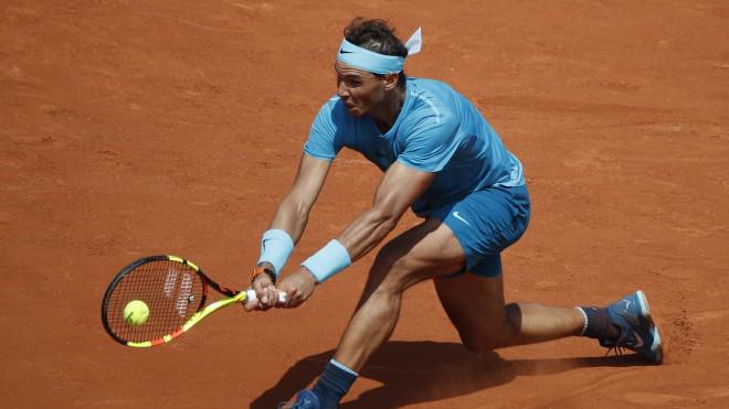 Nadals Parīzē svin 900. uzvaru, Andersons divreiz neizservē maču