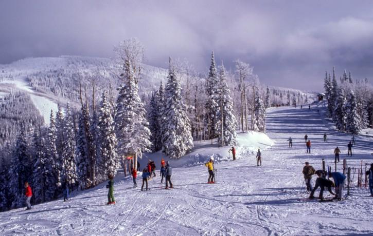 Divkāršojies atlīdzību skaits par ziemas sporta veidos gūtajām traumām