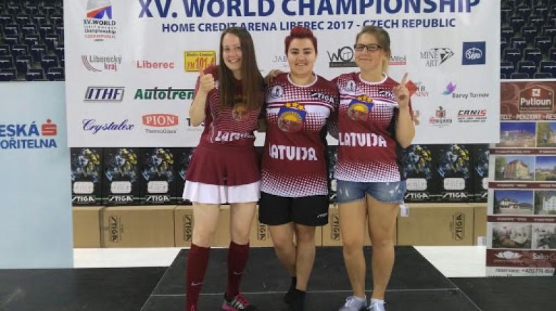 Latvijas sieviešu izlase - Pasaules čempiones Laima Kamzola, Elēna Rācenāja, Ilze Zuce-Tenča