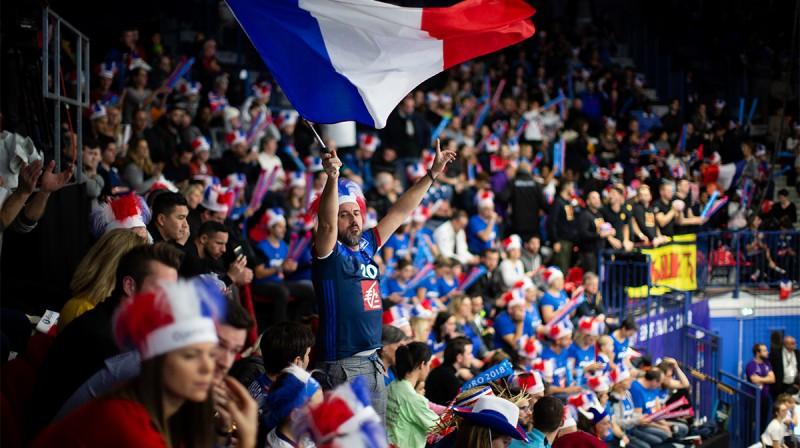 Vairāk nekā 5200 skatītāju Francijas izlases spēlē Nansī sporta hallē.