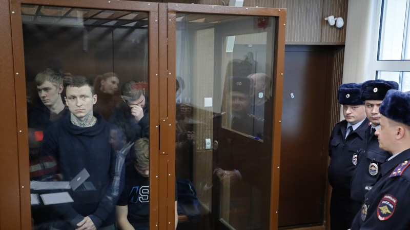 Pavels Mamajevs kopā ar pārējiem ieslodzītajiem. Foto: EPA/Scanpix