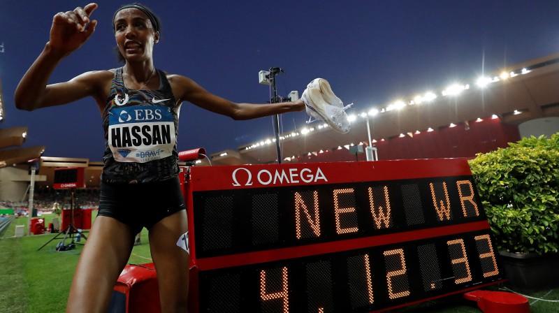 Pasaules rekordiste jūdzes skrējienā Sifana Hasana Foto:EPA/Scanpix