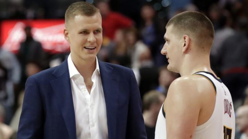 Kristaps Porziņģis un Nikola Jokičs šī gada pavasarī. Foto: AP/Scanpix