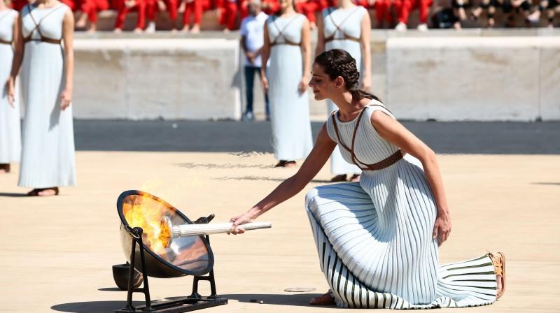 Olimpiskās uguns iedegšana pirms jaunatnes ziemas olimpiskajām spēlēm. Foto: imago images / ANE Edition / Scanpix