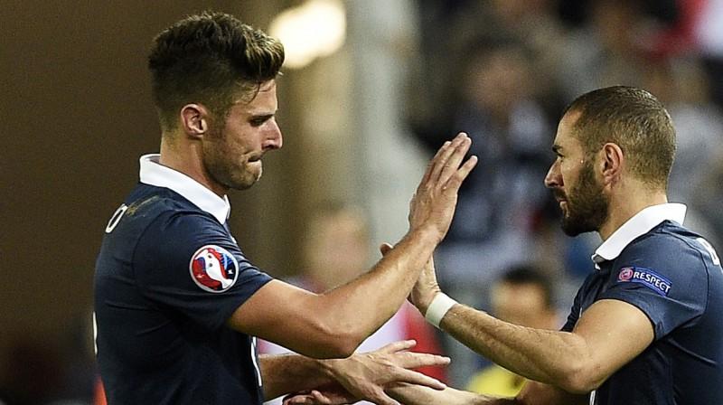 Olivjē Žirū un Karims Benzemā. Foto: AFP/Scanpix
