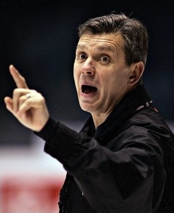 ''Senators'' atlaiž galveno treneri