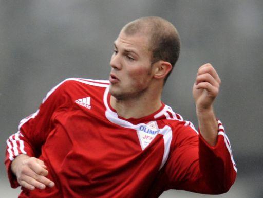 """""""Olimpa"""" futbolists Kostjuks karjeru turpinās Šveices augstākajā līgā"""