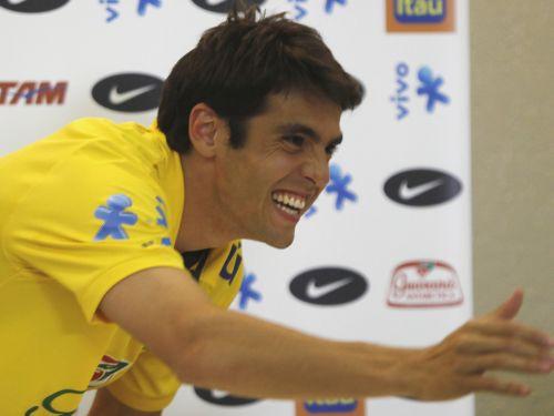 Oficiāli: Kakā pievienojas Madrides ''Real''