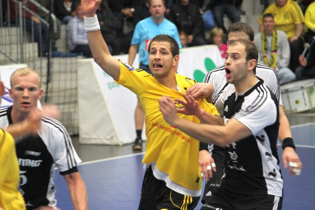 "Dudem divi vārti pret ""VfL Gummersbach"""