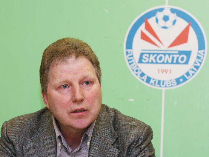 """Starkovs: """"Galvenais, lai Karašausku neviens neizsistu no sliedēm"""""""