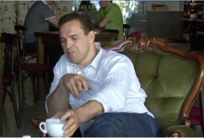 Artūrs Irbe iesaka tēju un karbonādi (video)
