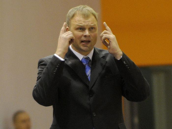Helmanis trenēs Polijas līgas līdervienību