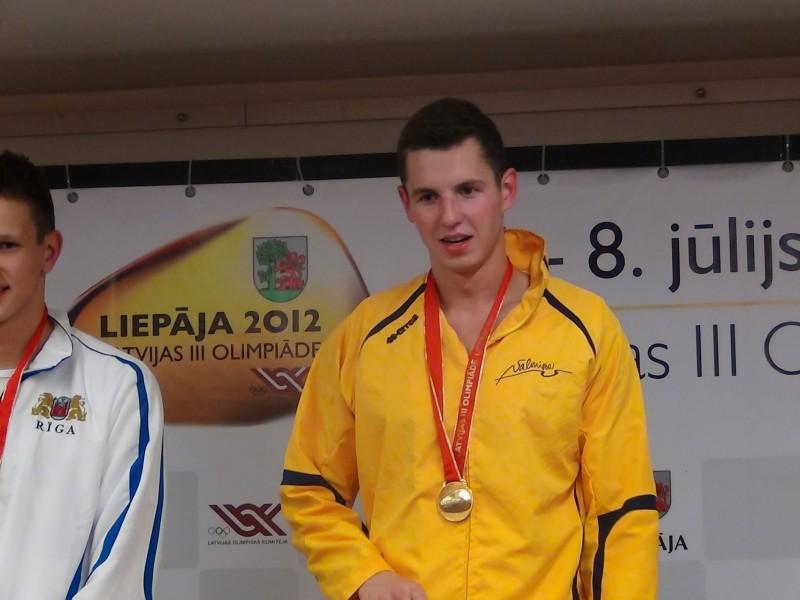 Kalniņš un Ņikitina Londonā pārstāvēs Latviju peldēšanā