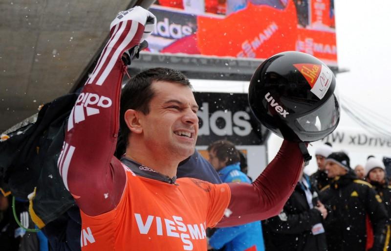 Martins Dukurs turpina dominēt - jau sestā uzvara šosezon