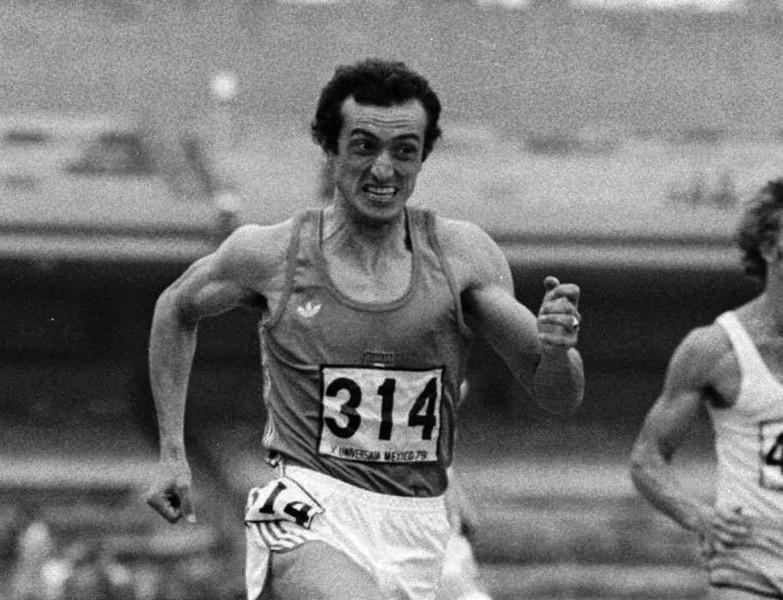 Miris leģendārais itāliešu sprinteris Mennea